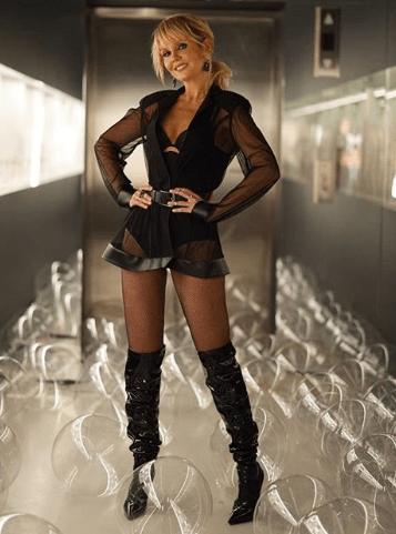 Популярная певица Виктория откровенно оголилась для съемок нового клипа