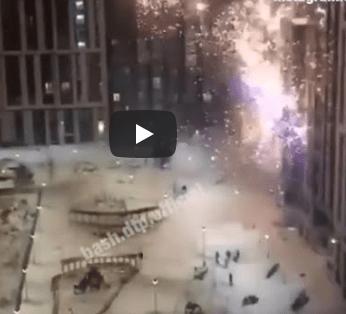 В центре Уфы неизвестные обстреляли многоэтажку из фейерверков
