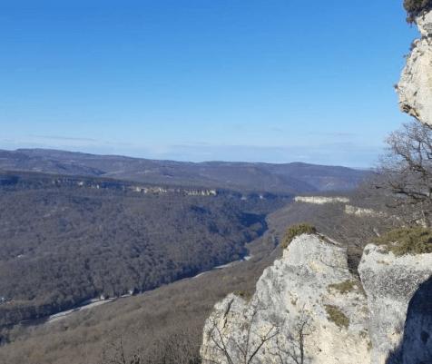 Девушка-турист разбилась в горах Адыгеи делая опасные селфи