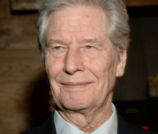 87-летний актер Геннадий Юхтин попал в больницу
