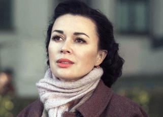 Анастасия Заворотнюк отметила день рождения дочери в клинике