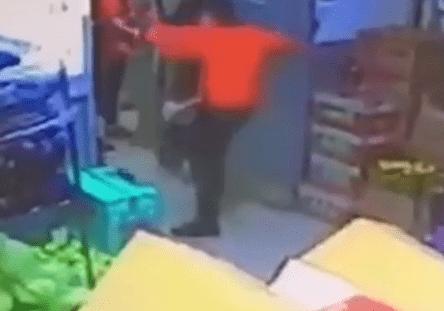 Продавец магазина убил покупателя одним ударом в Москве