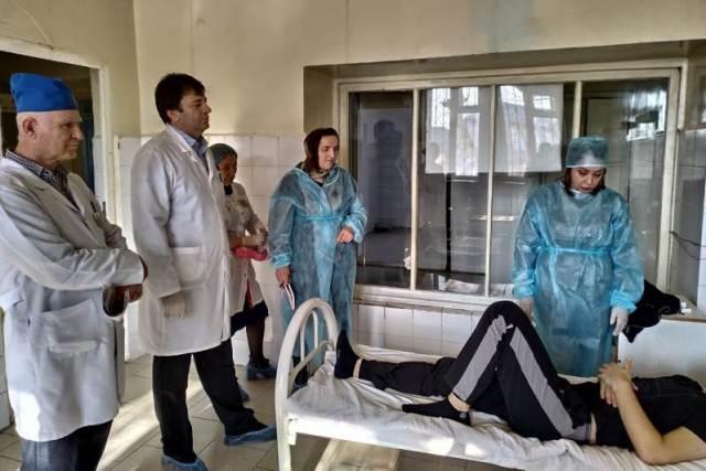 В больницу госпитализированы 32 заболевших кишечной инфекцией жителя Дагестана