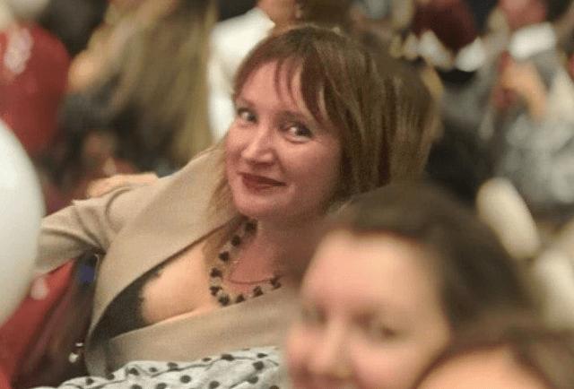 В Астрахани ученики школы сообщили об интимной связи 35-летней учительницы биологии с девятиклассником