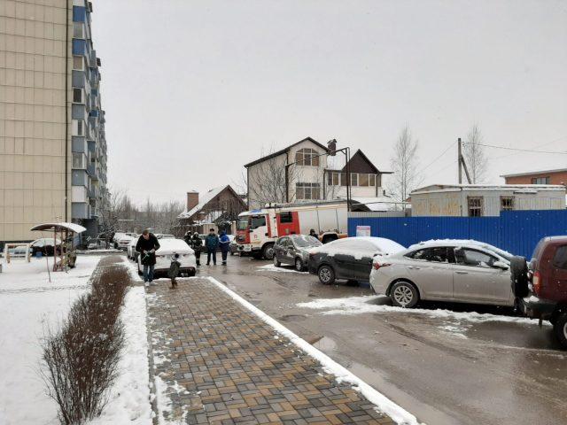 Резкий запах газа испугал с утра жильцов многоэтажки в Пятигорске