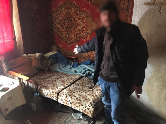 Отсутствовавшую два дня дома мать до смерти избил мужчина на Ставрополье