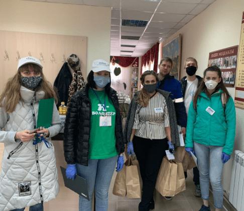 В Кисловодске волонтеры доставляют ветеранам еду и медикаменты на дом