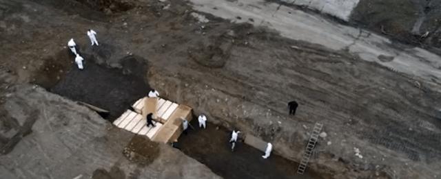 Скончавшихся от пандемии жителей  Нью-Йорка хоронят в братских могилах на острове Харт