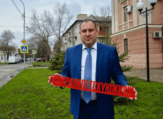 Глава Минераловодского округа, из-за возможной отставки, оживил личные соц сети