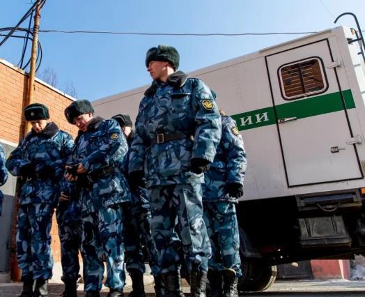 Глава ФСИН из-за коронавируса просит Верховный суд не арестовывать людей за преступления небольшой и средней тяжести