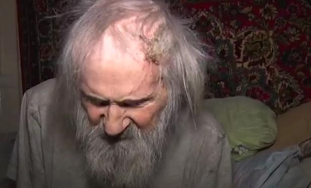 В Первоуральске двойника Льва Толстого пытаются выселить из квартиры