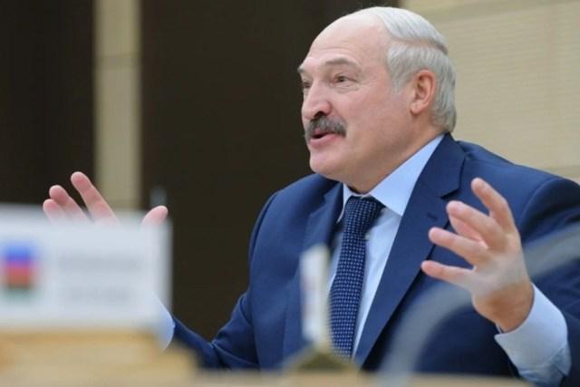 Лукашенко ответил тем, кто критикует его меры борьбы с вирусом
