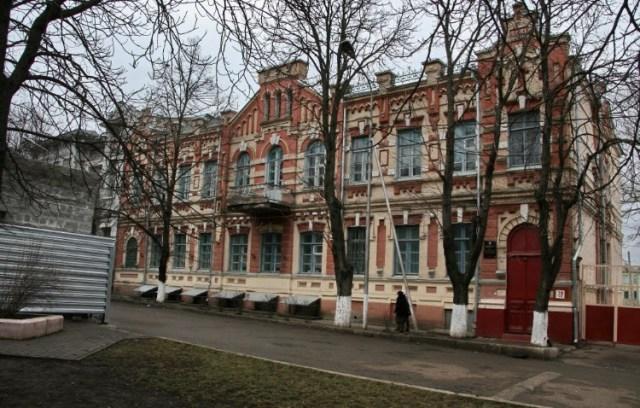 Открытие гимназии в Пятигорске откладывается из-за ошибок при ремонте