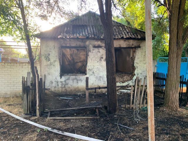 Из-за непотушенной сигареты погиб на пожаре мужчина на Ставрополье