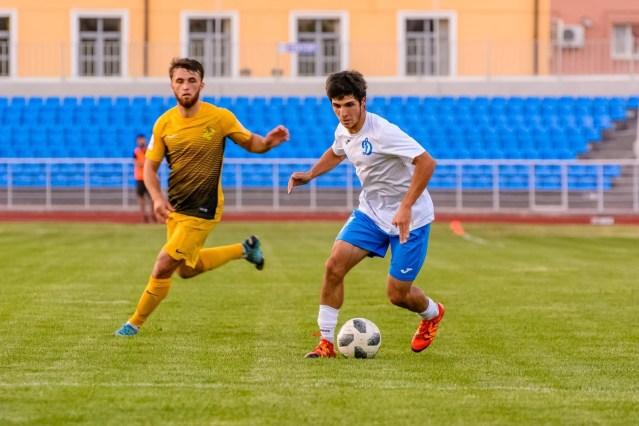 Пустить зрителей на стадионы призывают Губернатора болельщики на Ставрополье