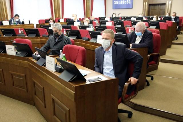 Включать в декларацию о доходах сведения о цифровых активах обяжут госслужащих на Ставрополье