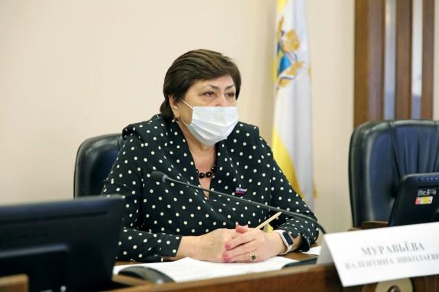 Продлить действие программы реабилитации медработников предложили в краевой Думе