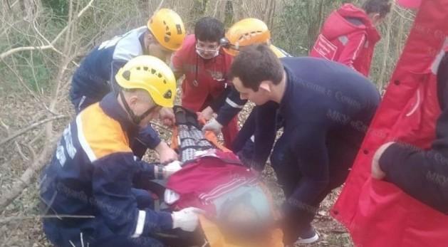 Упавшая с высоты в Сочи школьница получила серьезные травмы