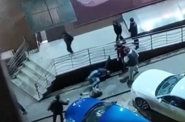 Мужчина с ребенком пострадали в результате нападения на Ставрополье