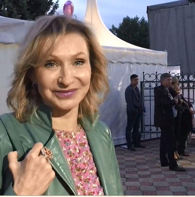 Жанна Аркадьевна из сериала влюбилась в Ессентуки