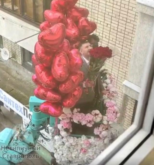 Жительнице Ставрополя сделали предложение руки и сердца на высоте