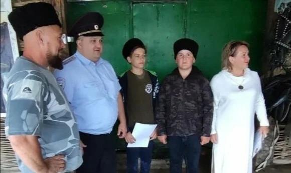 Подростки спасли девушку от хулиганов в одном из сел Ставрополья