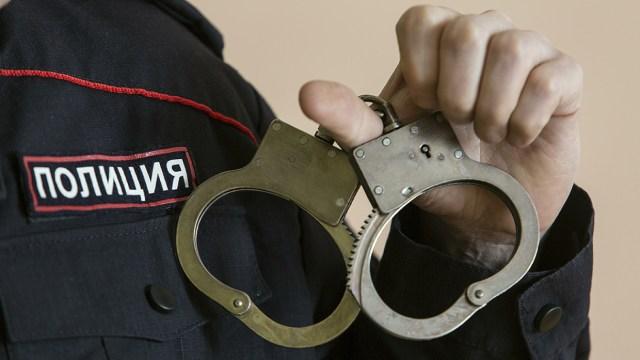 Устроившую дебош голую ставропольчанку задержала полиция