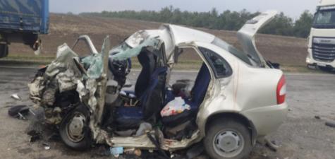 6 человек погибли в страшной аварии в Ростовской области
