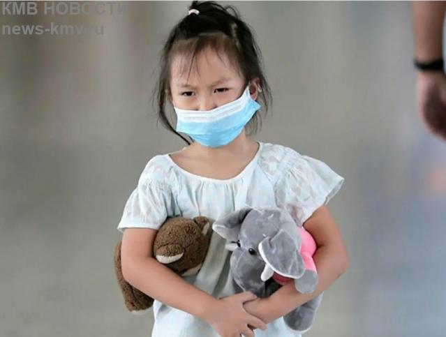 Новая волна коронавируса ударила по детям