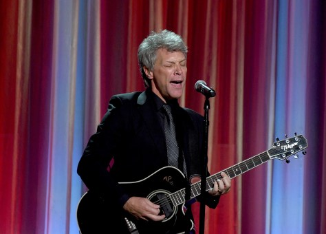 Jon Bon Jovi performs at the Clinton Global Citizen Awards 2016