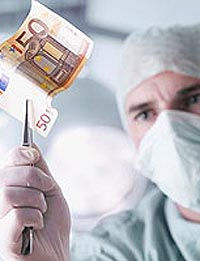 Ați dat șpagă la Spital? Puteți sesiza online cine, ce, când, cum și unde