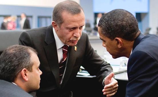 Президент осудил военную помощь США в Сирии