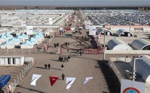 Палаточные городки беженцев готовятся к зиме