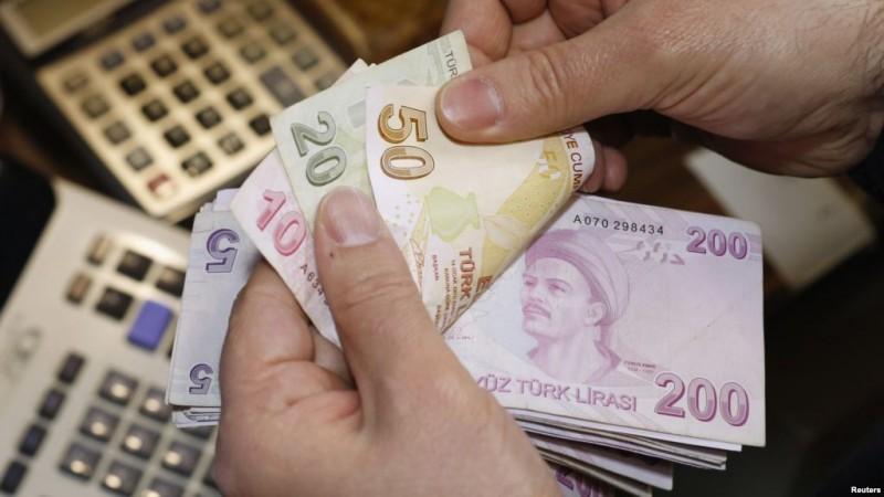 С 1 января минимальная зарплата составит 1300 лир