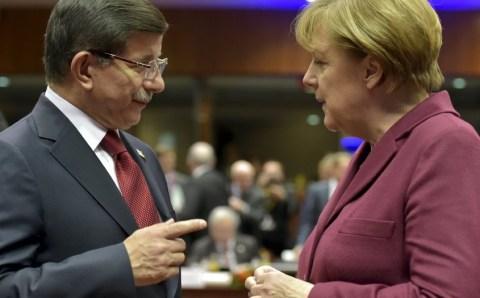 Сделки в период миграционного кризиса: Чего хочет Турция, и что нужно Германии