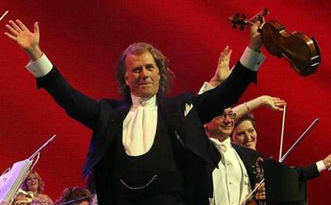 Андре Рьё отменил концерты в Стамбуле и Анкаре