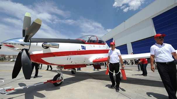 Турецкий легкомоторный самолет побил рекорд скорости