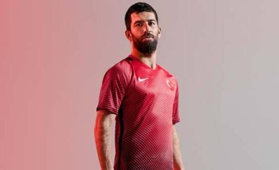 Nike представил новую форму сборной Турции