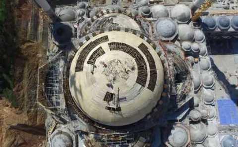 Строители приступили к возведению купола мечети Чамлыджа