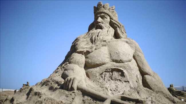 В Анталии стартовал 10-й Фестиваль песчаных скульптур