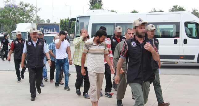 В Анталии задержаны 9 подозреваемых в связях с ИГИЛ