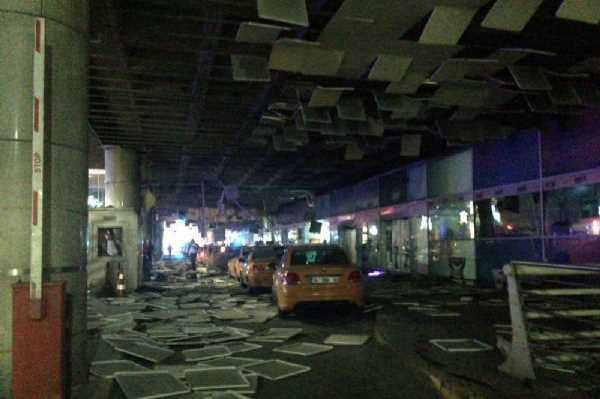 В стамбульском аэропорту Ататюрка прогремели взрывы