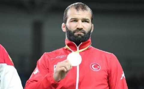 Глава Ингушетии подарил квартиру турецкому олимпийскому вольнику