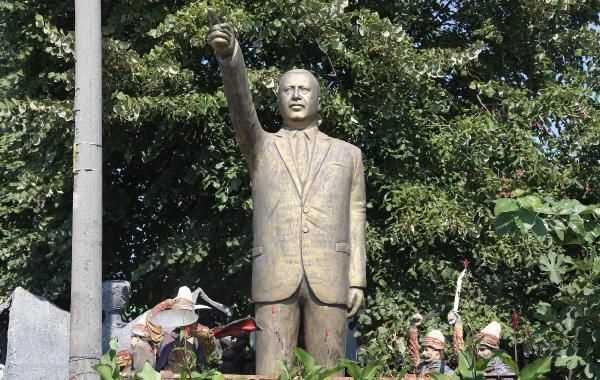 В Коджаэли собирались поставить памятник Эрдогану
