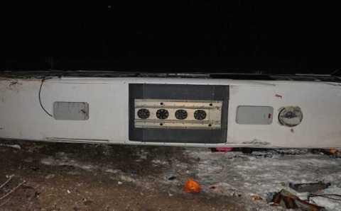 Перевернувшийся рейсовый автобус: 5 погибших
