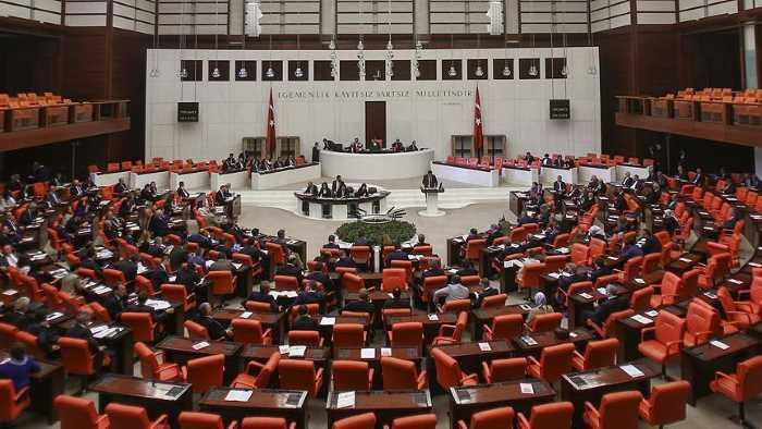 АКР желает снизить избирательный порог в парламент