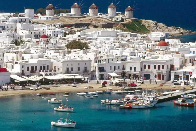 Острова Греции будут принимать туристов из Турции без виз