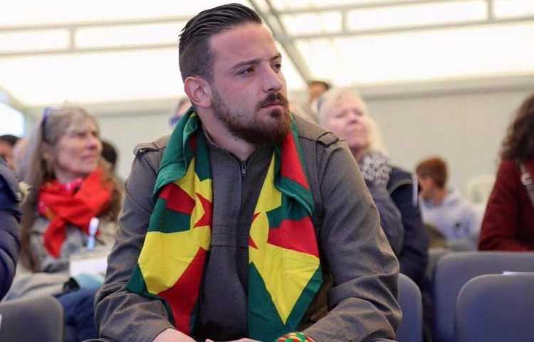 Футболиста приговорили к 1,5 годам за поддержку терроризма