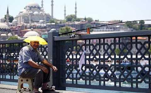 Май на дворе: +25° в Стамбуле, +30° в Анталье