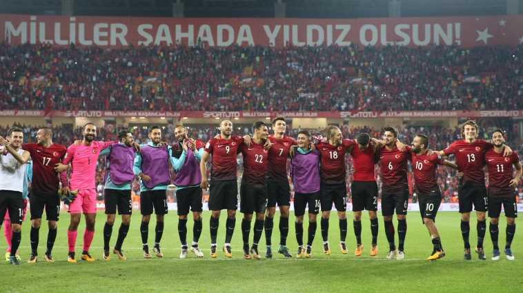 Сегодня Черногория проверит Турцию на прочность